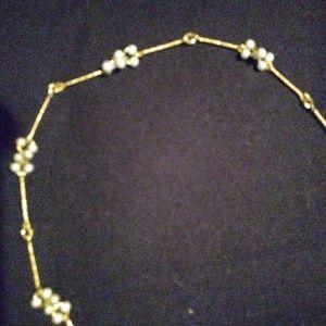 Avon vintage goldtone long necklace sm. Beads